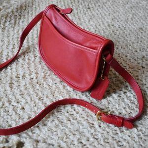 Vintage Coach red swing pack Wendie cross body